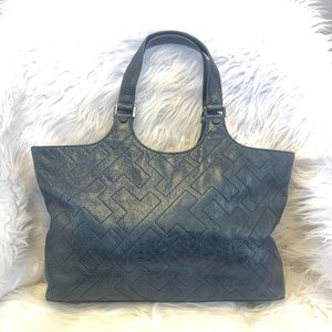 💙Navy Tory Burch Quilted Leather Bombe Tote💙